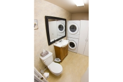 10B-Bathroom-laundry2