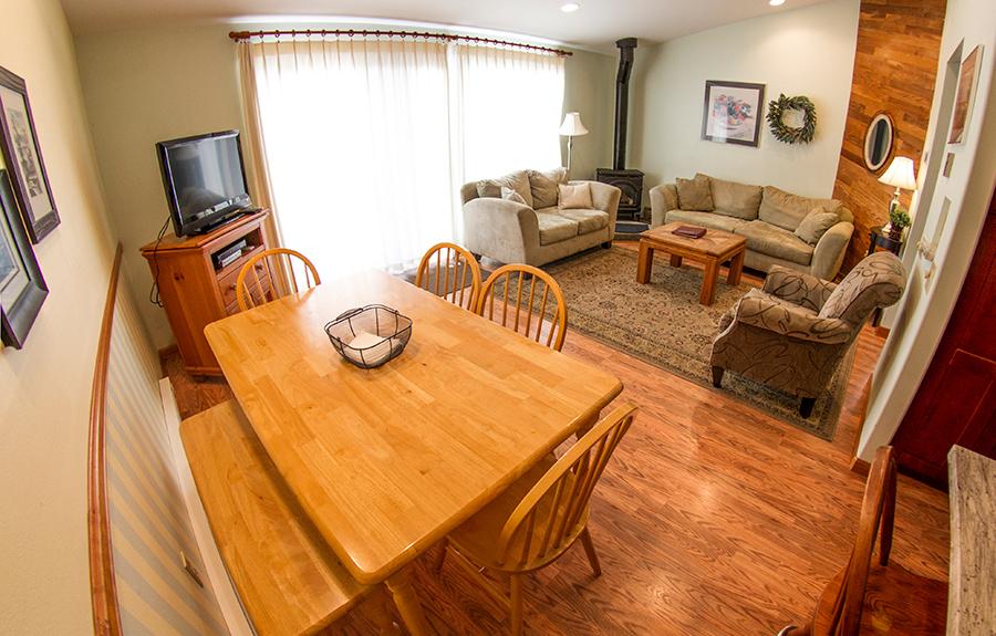 7B-living-dining-room