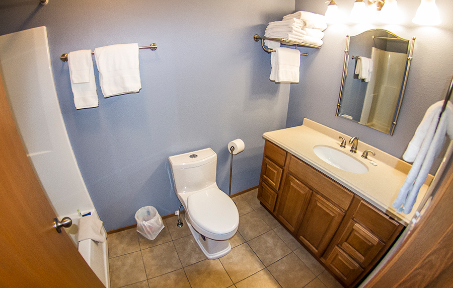8B-bathroom