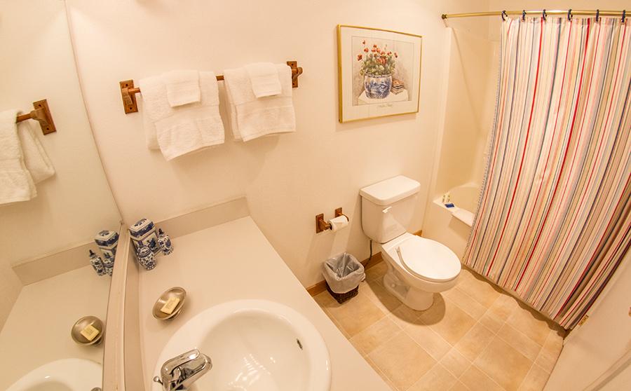 9A-Bathroom
